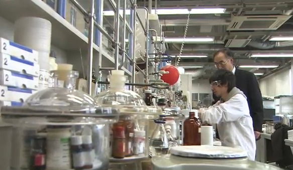 化学科 平井 美朗 教授の動画